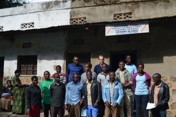 Technoserve STRYDE AVEN cooperative and Technoserve staff