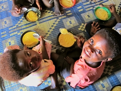 DFID children in zambia eat biofortified maize